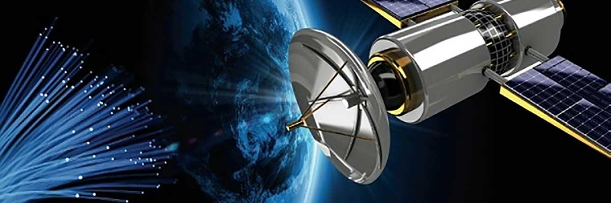 مقایسه فیبر نوری و انتقال امواج از طریق ماهواره